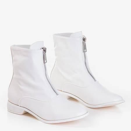 Белые женские ботильоны на плоском каблуке Клюня - Обувь