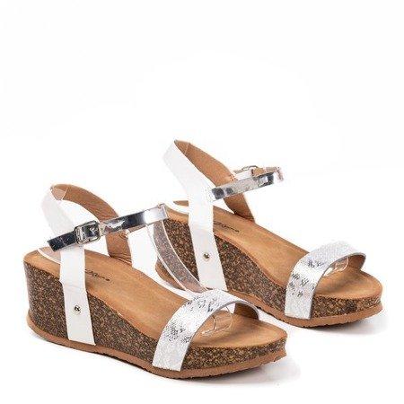 Женские белые сандалии на танкетке с животным мотивом Akena - Обувь
