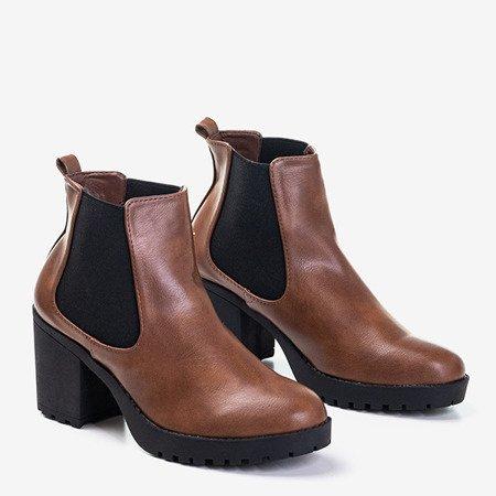 Коричневые женские сапоги на каблуке Vireek - Обувь
