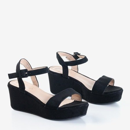 Черные босоножки Lysnes на танкетке - Обувь
