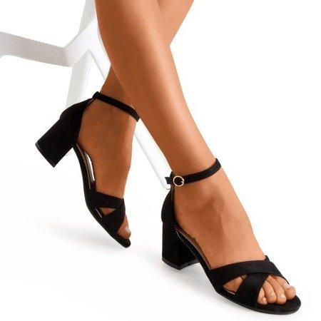Черные сандалии на низком каблуке Parba - Обувь