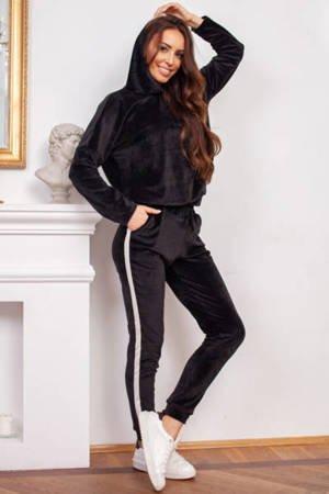 Черный женский спортивный костюм - Одежда