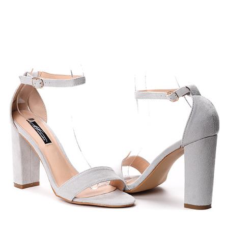 Szare sandały na słupku Eri - Obuwie