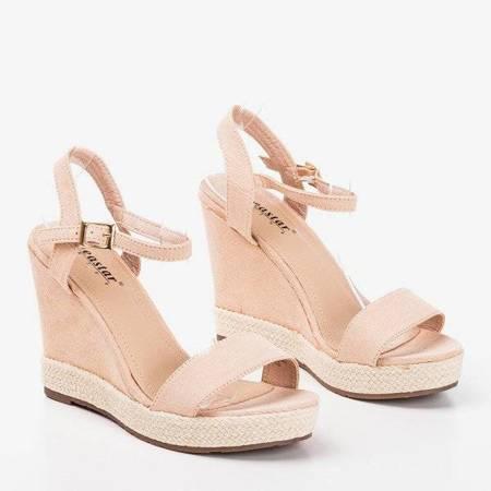 ВИХІД Світло-рожеві жіночі босоніжки на танкетці Zaseli - Взуття