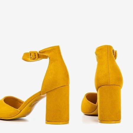 Жіночі босоніжки з гірчиці на вищому пості Raviola - Взуття 1