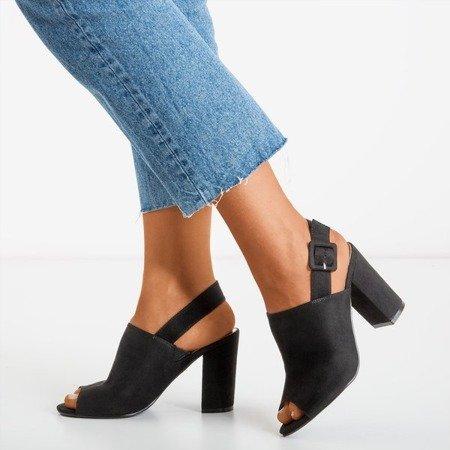 Жіночі чорні босоніжки з верхом Flower Hill - Взуття