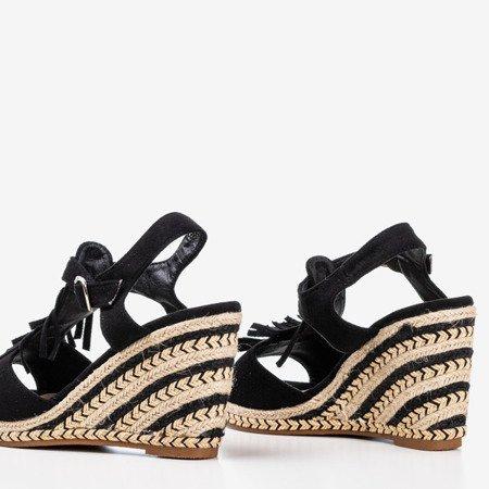 Жіночі чорні босоніжки на бахромі Одіна - Взуття