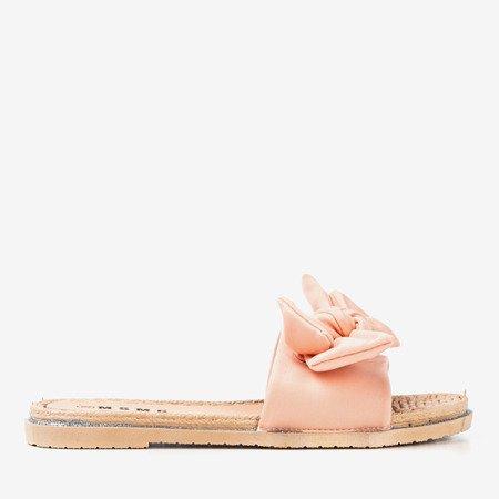 Світло-рожеві шльопанці з бантом Masmalla - Взуття 1