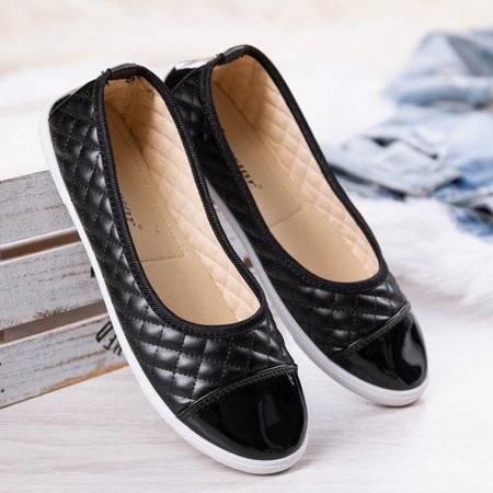 Чорний накладний верх із стьобаною фатимою - Взуття