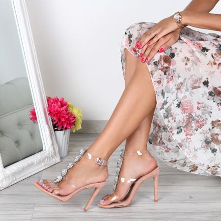 Różowe sandałki na szpilce- Obuwie