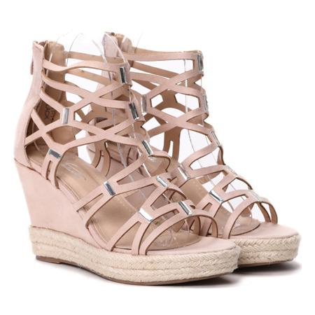 Sandałki na koturnie w odcieniu nude- Obuwie